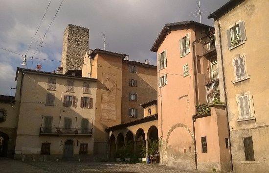 B U0026b La Torre Della Meridiana