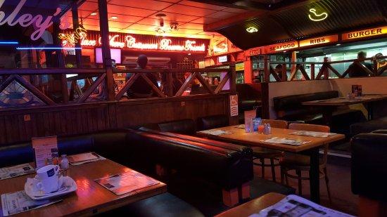 Ashley S Restaurant Goodwood