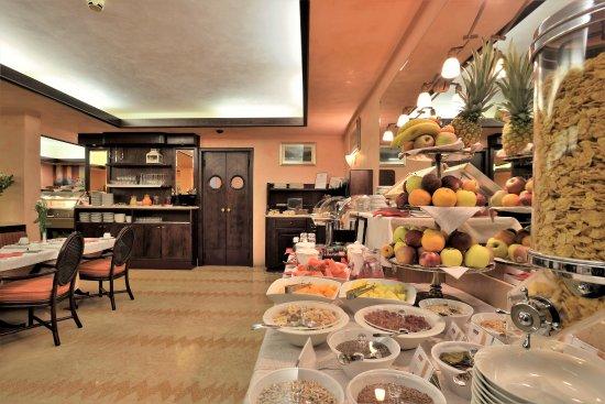 hotel hannover prices reviews grado italy tripadvisor. Black Bedroom Furniture Sets. Home Design Ideas