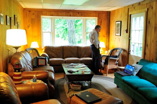 Sunapee, NH: Comfortable, warm, and welcoming