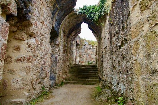 Herisson, Frankrike: Doorgang