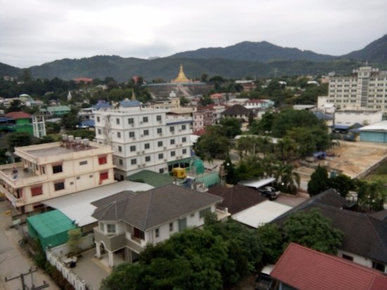 Tachileik, Myanmar: view from the restaurant