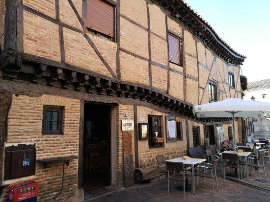 Saldana, สเปน: La casa torcida