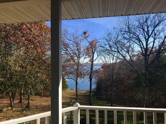 Anchor Inn on the Lake Bed & Breakfast: photo4.jpg