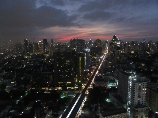 Octave Rooftop Lounge and Bar, Bangkok - Thong Lor ...
