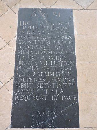 Hautvillers, Francja: The man's tombstone