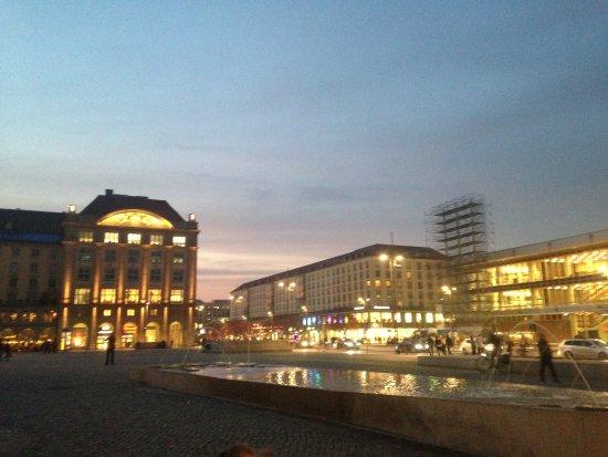 Old Market Square (Altmarkt): la place de nuit