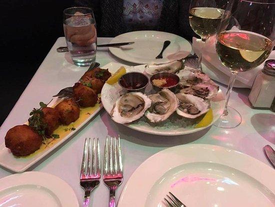 Hemenway's Seafood Grill & Oyster Bar: FB_IMG_1510245632059_large.jpg