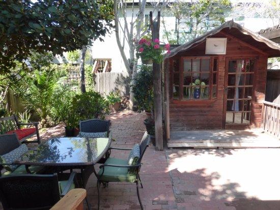Redwood Hollow - La Jolla Cottages: Prospect Cove