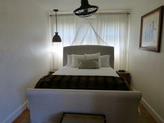 紅木鑲空小屋 拉荷亞 Redwood Hollow La Jolla Cottages 2 則旅客評論和比價