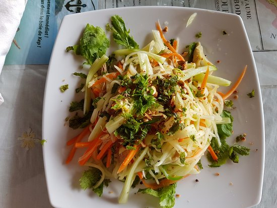 Le Bout du Monde - Khmer Lodge: papaya salad