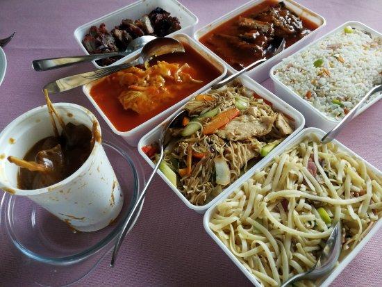 Eten In Huizen : Mooi verpakt in bakjes foto van chinees indisch restaurant