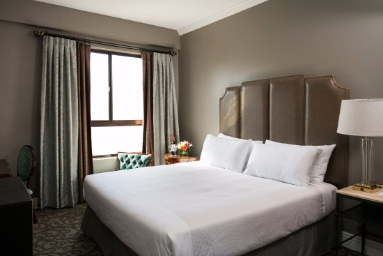 Hotel Bijou: Recently Renovated Queen Bed