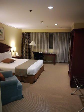 Best Western Oxford Suites Makati: IMG_20171109_175332_large.jpg