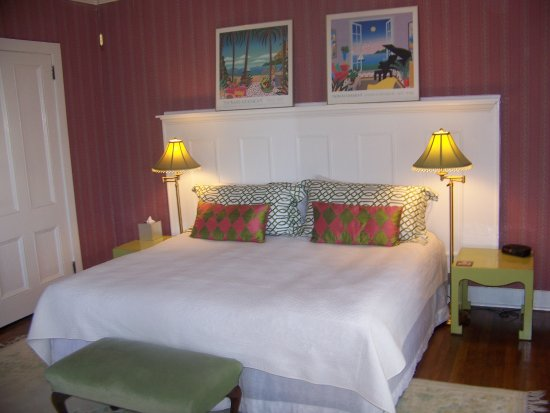 "Brandon, VT: The ""Nancy"" - king bed or 2 twins"