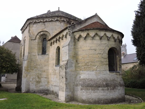 Chapelle des Templiers: One of a kind?