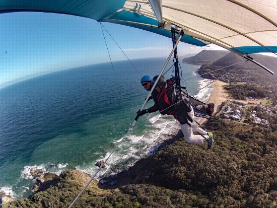 Stanwell Park, Австралия: Hang Gliding with Curt Warren over Stanwell Tops, NSW, Australia