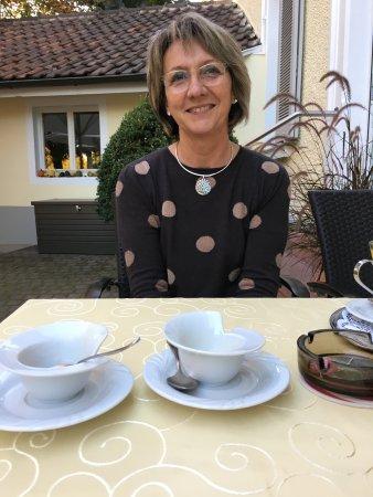 Dieffenbach-au-Val, France: Corinne vous accueil avec plaisir