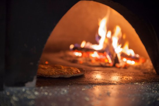New Buffalo, MI: wood fire pizza oven