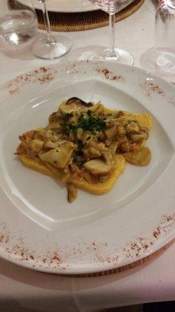 Besozzo, Ιταλία: polenta, lardo e funghi