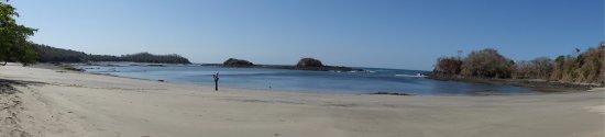 Playa Venao, Panama: Quiet beach inside a cove... wear water shoes...