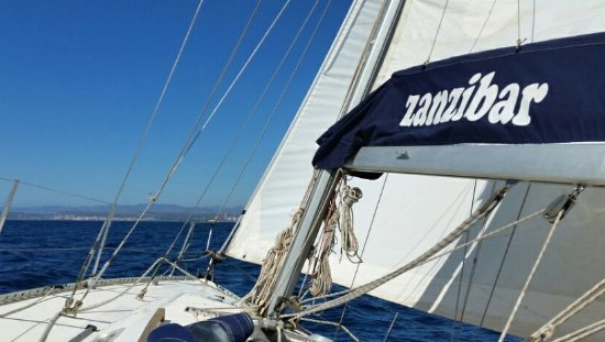 Portoscuso, إيطاليا: la barca a vela 'Zanzibar'
