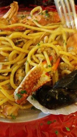 La Bussola: Ein Hummerteil von 4 in den Spaghetti Scoglio