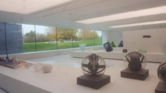 Sars-Poteries, Francia: acervo de arte contemporanea