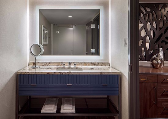 Westin Oaks Houston at the Galleria: Coming Soon: Newly renovated bathrooms