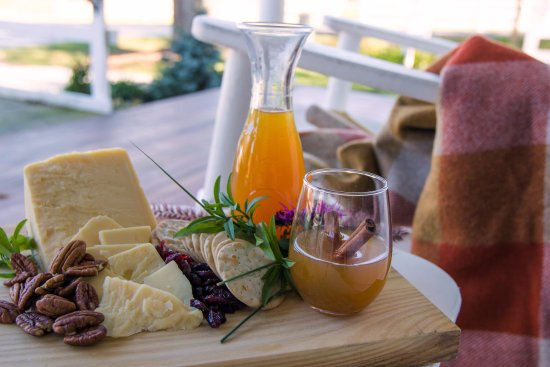 Arlington, VT: Cheese Board on the Porch
