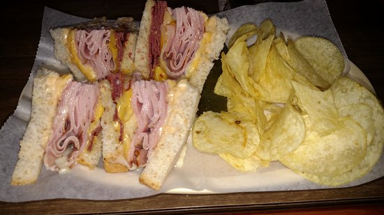 Northwestern Lounge - Brown St - Rhinelander WI - Hodag Country - Best Sandwich in Town - Hemloc