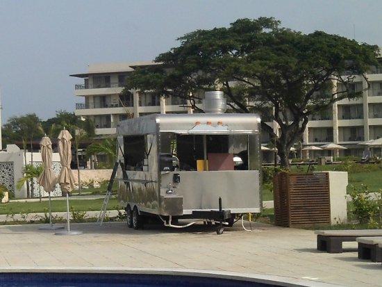 Cap Estate, St. Lucia: snack shack