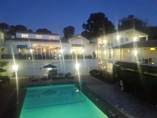 Hotel Indigo San Diego Del Mar: 20171016_183956_LLS_large.jpg
