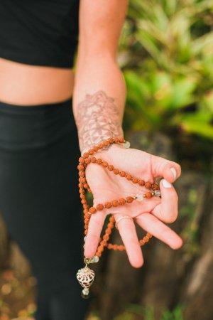 Haiku, HI: Vinyasa Fusion Yoga & Hawaiian Healing Massage & Treatment