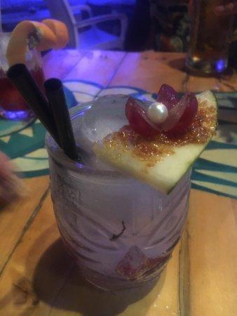 Agua Tiki Bar: photo3.jpg