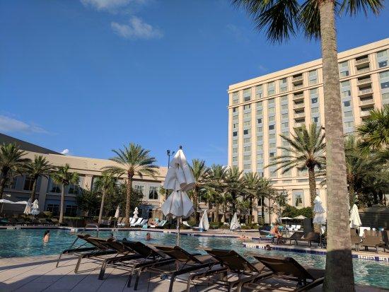 Waldorf Astoria Orlando: Pool area