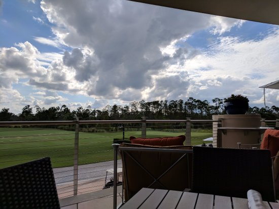 Waldorf Astoria Orlando: Clubhouse dining view of the golf course