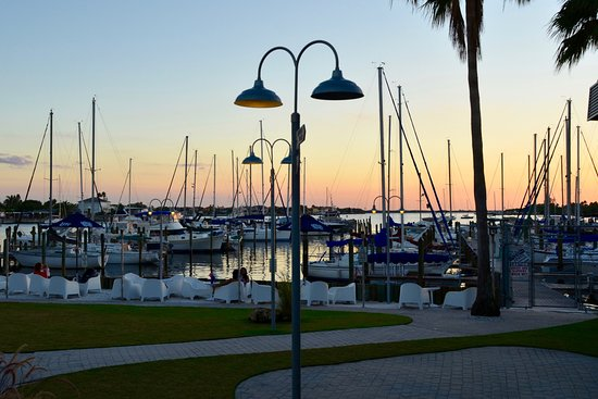 Apollo Beach, FL: Outdoor dining view of the marina at sunset.