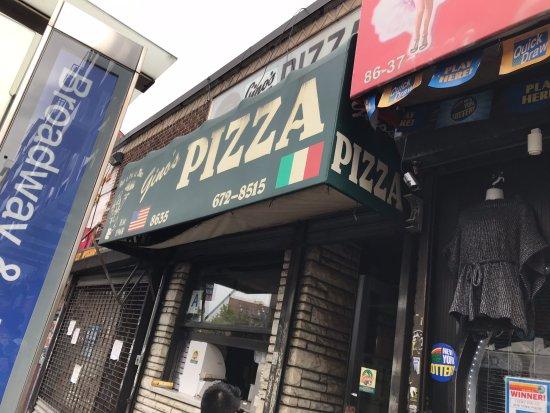 Elmhurst, NY: Gino's Queens