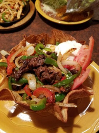 Pancho Villa Mexican Restaurants Close Up Of The Steak Salad In A Great Shell