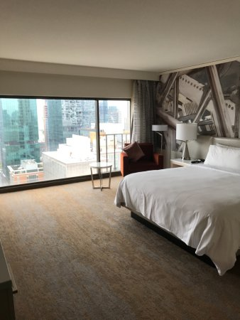 Chicago marriott downtown magnificent mile 269 3 0 9 - Hilton garden inn grand ave chicago ...