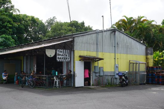 Tin Shack Bakery : It's a casual place worth trying.