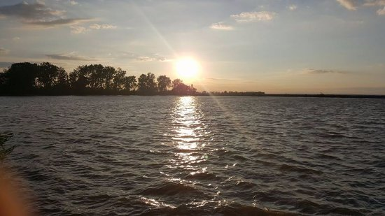 Curtice, OH: Sunset at the Bilge