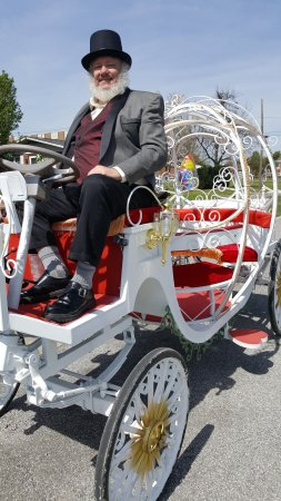 Metropolis, IL: A Carriage Ride