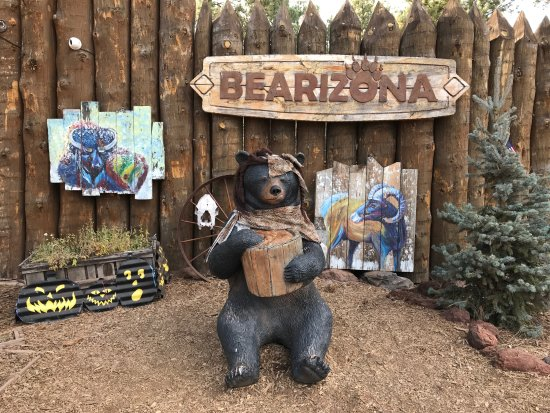 Williams, AZ: Trick or Treat at Bearizona