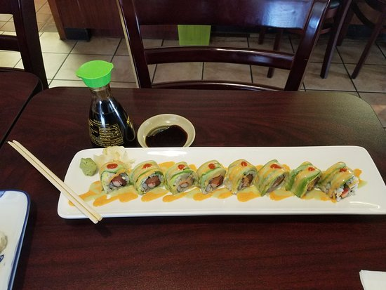 Swiftwater, Pensilvania: Salmon Dragon Roll