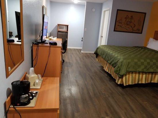 Keefer's Inn Photo