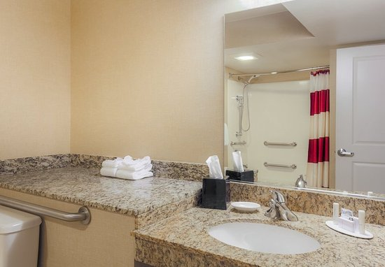 Richmond Heights, MO: Accessible Suite Bathroom - Vanity