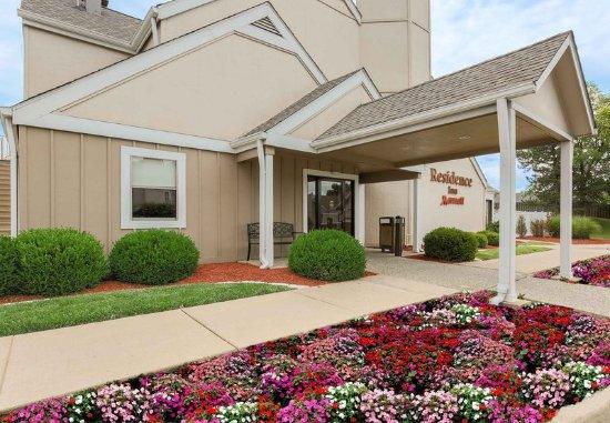 Richmond Heights, Миссури: Entrance
