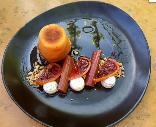 Porepunkah, Australia: Lemon syrup cake